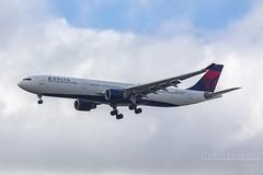 Airbus A330-300 (N821NW) (Daniel_Landucci) Tags: airbus spotting aviao deltaairlines a330300 aeroportointernacionaldeguarulhos