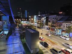 Kuala Lumpur - Malaysia (CharithMania) Tags: malaysia srilanka kualalumpur petronastowers kltower petronastwintowers hoponhopoff charithmania amplewest