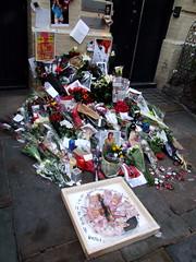 A Small Plot of Land (Ronald Hackston) Tags: uk england london bowie memorial soho tribute davidbowie londonist ziggystardust heddonstreet ronniehackston heddonstreetziggyjan2016