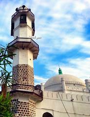 - Aidaroos minaret mosque - Aden (Hussein.Alkhateeb) Tags: minaret mosque aden