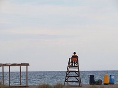 Lifeguard (t1to_p3t3r) Tags: blue sea summer sky beach valencia spain mediterranean playa lifeguard sos baywatch mediterrneo castellon