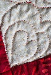 Quilt (tree-razzo) Tags: hearts quilt macros valentinesday hsiaomei macromondays wiedmeyer