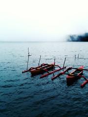 Little boats in Bedugul (. Degalle) Tags: pura ulun danu beratan