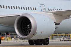 Air Canada C-FNOE (V1 Aviation Photography) Tags: boeing ge yyc generalelectric genx aircanada 787 calgaryinternationalairport dreamliner cyyc 7879 b789 genx1b cfnoe