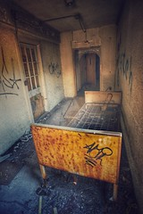 (Stevelb123) Tags: abandoned decay urbandecay urbanexploration decrepit derelict urbex statehospital abandonedhospital urbanexplorer abandonedexploration