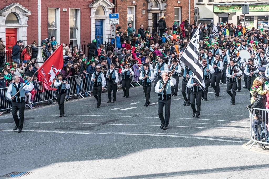 Bagad de Vannes Melinerion Brittany [St. Patrick's Parade In Dublin 2016]-112379