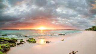 Hyams Beach / Sunrise