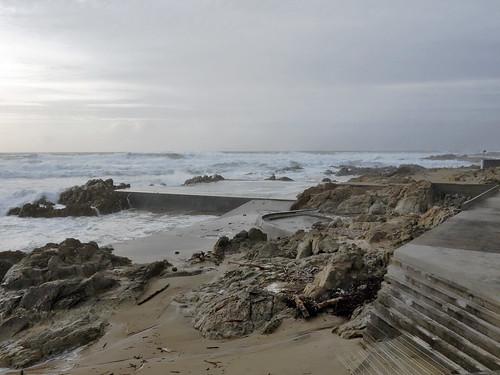 Photo gallery of piscinas de mar s in porto advisor travel for Piscinas oporto