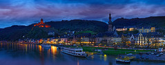 Sirius (andreas.bluetner) Tags: park street city blue sky panorama holiday flower water berg yellow skyline night clouds garden poster landscape deutschland twilight wasser colours purple outdoor dusk urlaub wolken eifel architektur werbung schloss wald reflexion schiff brilliant cochem bunt burg mosel wein violett rheinlandpfalz reichsburg touristik attraktion wandtapete bezaubernd exzellent illerich
