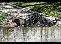 Jvenes Guerreras XIV - 3/5 (Pogdorica) Tags: sexy chica retrato modelo militar rubia isabel sesion mili soldado uniforme castell posado