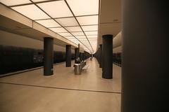 U-Bahnhof (U55) Brandenburger Tor (Pascal Volk) Tags: berlin underground subway metro platform bahnhof wideangle railwaystation ubahn wa ww subwaystation 16mm ubahnstation metrostation ubhf superwideangle undergroundrailway sww bvg berlinmitte uwa weitwinkel swa rapidtransit vbb ultrawideangle metrosystem uww untergrundbahn ubf ubahnhaltestelle berlinubahn ultraweitwinkel superweitwinkel berlinerverkehrsbetriebe u55 canonef1635mmf4lisusm canoneos6d uhst