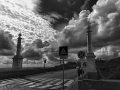 cielo e terra (Francoise photographer) Tags: strada nuvole ombra ponte cielo e bianco nero hdr luce ariccia