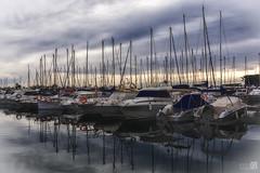 La foto de las Lanzas (JoseQ.) Tags: puerto muelle mar barcos nubes embarcadero aire santapola
