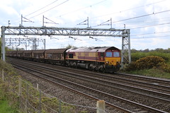 66148 @ Chorlton near Crewe (uksean13) Tags: train canon cheshire diesel rail railway crewe dbs ews ef28135mmf3556isusm 66148 dbschenker chorltonlane 760d