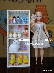 Barbie curvy with her Easter stuff (Barbie dolls by RCA) Tags: easter with barbie curvy her stuff