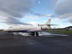 OO-NAD Dassault Falcon 7X Flying Group Serivce Ltd (Aircaft @ Gloucestershire Airport By James) Tags: james flying airport group gloucestershire falcon ltd lloyds dassault bizjet 7x servive egbj oonad