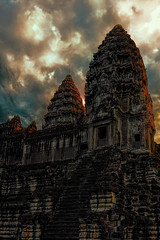 Angkor (thorgan experiment) Tags: morning orange architecture sunrise temple nikon asia cambodge asie angkor couleur d3 thorgan