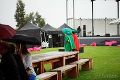 20160131-02-Rainy MONA market (Roger T Wong) Tags: people rain market australia mona moma tasmania hobart iv 2016 canon100f28macro canonef100mmf28macrousm metabones museumofoldandnewart smartadapter rogertwong sonya7ii sonyilce7m2 sonyalpha7ii