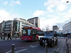 Old Square Birmingham (metrogogo) Tags: bus birmingham rover 66 landrover westmidlands defender tonyhancock oldsquare landroverdefender