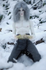 ThePresence016 (Red Ribboned Dolls) Tags: david redribbon sd bjd abjd urke photostory dollshe kuncci woroh urkeresh