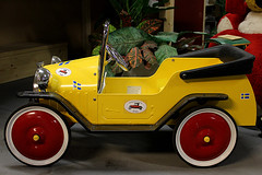 Old toy car (Ankar60) Tags: old horse baby car vintage toy wooden carriage sweden antique swedish bil sverige pram nostalgi svensk gamla antik gammal barnvagn gammalt leksaker svenskt trähäst
