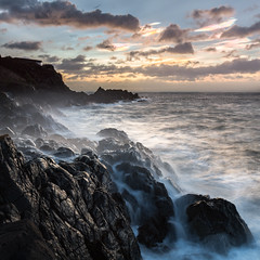 Nacreous Sunrise (Tom_Drysdale) Tags: winter sea cloud colour skye sunrise long exposure fife forth february couds kinghorn nacreous pettycur 2016