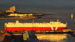 Silverstone Express shining in the Mersey (White Pass1) Tags: docks sunrise river dawn newbrighton bootle rivermersey sunriselight portofliverpool thewirral perchrocklighthouse wirralpeninsular silverstoneexpress