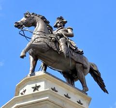 3-WashingtonEquestrianMonument (T's PL) Tags: sculpture horse statue virginia washington nikon outdoor va georgewashington richmondva capitolsquare d7000 tamron18270 georgewashingtonequestrianmonument nikond7000 tamron18270f3563diiivcpzd equestrianstatueofgeorgewashington virginiacapitolsquare