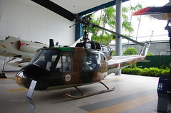 258 Bell UH-1B Iroquois c/n 251 (eLaReF) Tags: museum cn singapore force bell air paya saf 258 iroquois 251 lebar uh1b