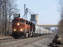 Norfolk Southern Chicago Line / MP 456 West (codeeightythree) Tags: ns bnsf grainelevator norfolksouthernrailroad rollingprairie rollingprairieindiana norfolksouthernchicagoline