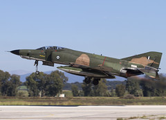 RF-4E 7486 CLOFTING IMG_6091FL (Chris Lofting) Tags: mta phantom f4 matia 348 7486 rf4e greekairforce andravida lgad