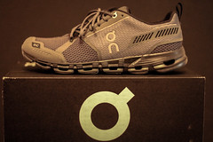 On (Manuel Mocco) Tags: black sport rock shoe running sneaker triathlon schuh on cloudflyer