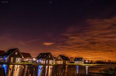 abendstimmung (Heinertowner) Tags: holland strand stars zeeland resort 1750 tamron nordsee kste sterne morgensonne starlight langzeitbelichtung landal d3300 niederlade niewsvlietbad