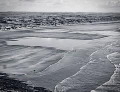 Longboarder Saunton (Livesurfcams) Tags: beach surf waves surfing devon longboard suntan sands