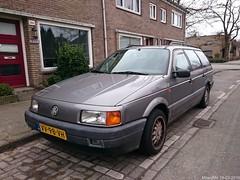 Volkswagen Passat B3 2.0 Van 1993 (VV-98-VH) (MilanWH) Tags: volkswagen 1993 20 van passat variant b3 vv98vh