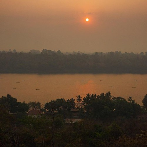 Magic sunrise above the Mekong river. View form the temple.  #laos #magic #sunrise #orange #traveling #mekong #riverside