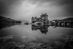 UK - Scotland - Dornie - Eilean Donan Castle (Marcial Bernabeu) Tags: uk greatbritain castle kyle scotland unitedkingdom united kingdom escocia eilean donan castillo bernabeu reino unido reinounido lochalsh marcial dornie bernabu kyleoflochalsh granbretaa
