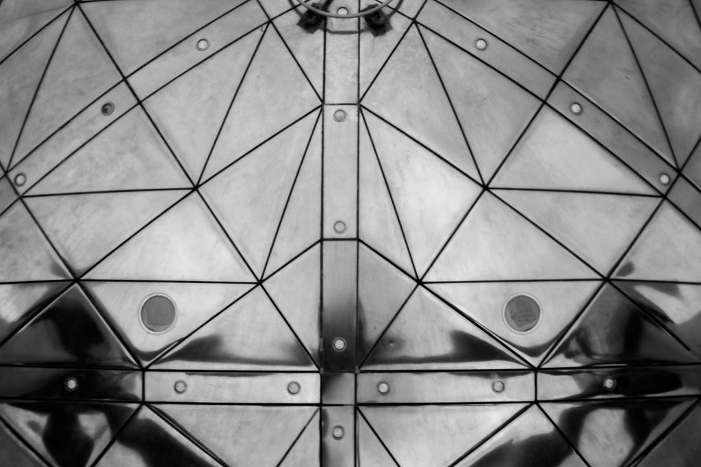The world 39 s best photos of miroir and noir flickr hive mind for Miroir noir film