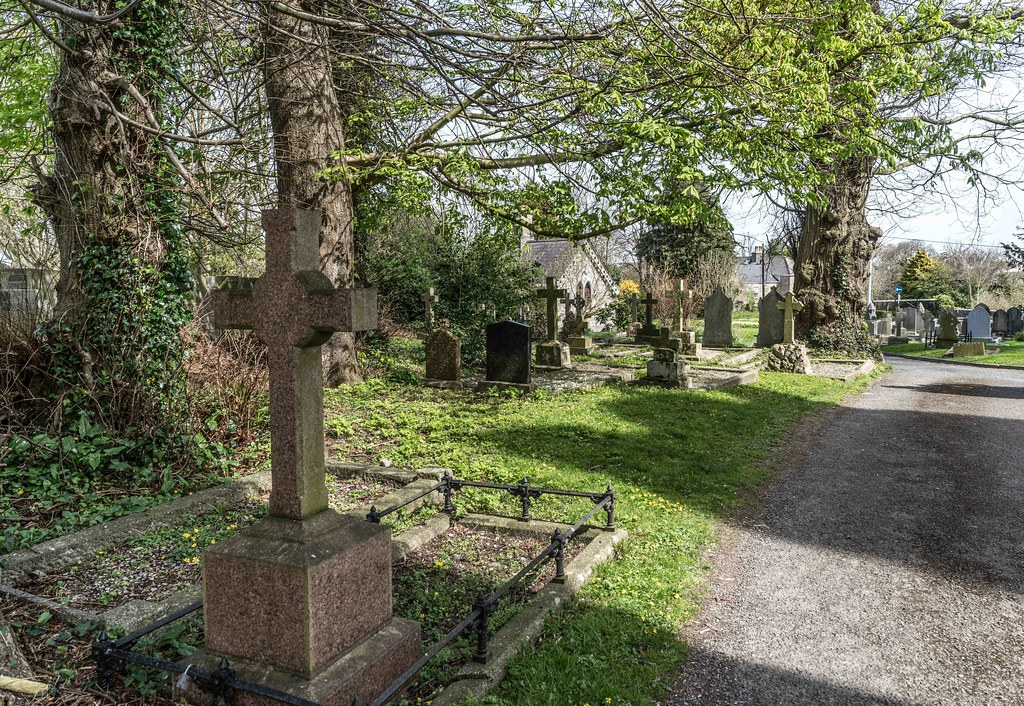 St. Columba's Church And Grounds In Swords County Dublin [Church Road]-115243