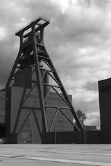 Zeche Zollverein Schacht XII (gero.skorne) Tags: essen kohle unesco nrw schwarzweiss industrie ruhrgebiet zollverein zeche ruhrpott welterbe industriekultur bergbau steinkohle