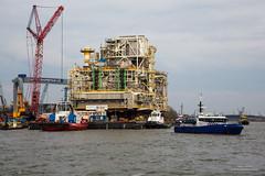 20160409-944C1169 (Peet de Rouw) Tags: bridge ship offshore transport tugboat heerema portofrotterdam kotug denachtdienst canon5dmarkiii peetderouw