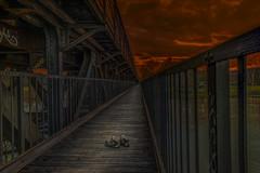 Gelaufstegt (gofr366) Tags: bridge sunset clouds germany deutschland shoe abend shoes sonnenuntergang hessen cloudy wolken april schuhe shuh kassel wolkig railbridge nordhessen frhling brcke eisenbahnbrcke bewlkt april2016 frhling2016
