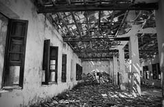 Pretrito pluscuamperfecto (nemenfoto) Tags: edificio ruina abandono tiempo huellas pasado pluscuamperfecto nemenfoto