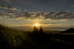 Together on Mount Eden (www.stefanblombergphotography.com) Tags: sunset sea sky mountain silhouette clouds landscape twilight dusk silence serenity serene sunbeams