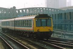 19910413 032 Paddington. Pressed Steel Class 117 51387 At Rear Of A Reading Train (15038) Tags: br diesel trains railways britishrail dms dmu londonpaddington l410 51387 class117 pressedsteelsuburban