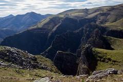 ItsusikoHarria-63 (enekobidegain) Tags: mountains montagne monte euskalherria basquecountry pyrnes pirineos mendia paysbasque nafarroa pirineoak bidarrai itsasu itsusikoharria