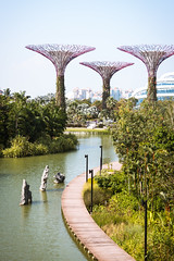 (the.redhead.and.the.wolf) Tags: tower nature water architecture river garden singapore botanicalgarden marinabay gardensbythebay marinabaysands