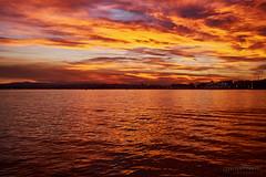 Atardecer en la bahia (websamm) Tags: mar paisaje puestadesol nube anochecer ocano samuelmedrano
