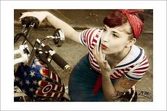 Miss captain America (Emmanuel DEPARIS) Tags: girl up america pin harley captain biker davidson pinup pinu