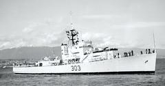 HMCS Beacon Hill (DRGorham) Tags: frigate hmcs rcn royalcanadiannavy